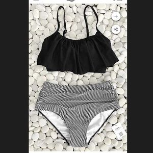 Cupshe high waisted bottoms with ruffle top new